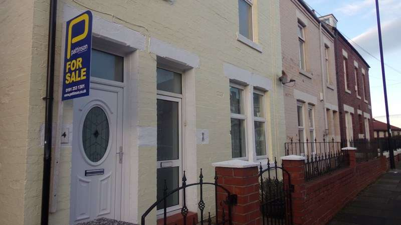 1 Bedroom Property for sale in Braeside Terrace, cullercoats, Whitley Bay, Tyne and Wear, NE26 2EF