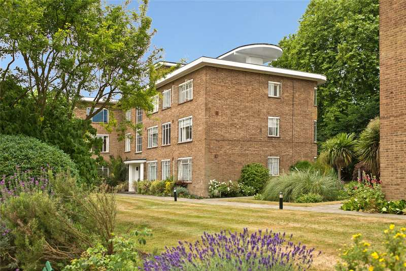 2 Bedrooms Flat for sale in Kingfisher Court, Bridge Road, East Molesey, Surrey, KT8