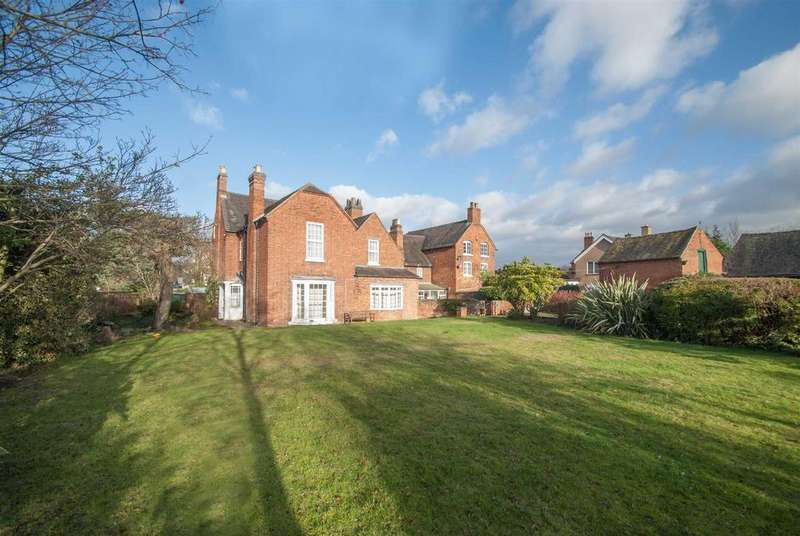 5 Bedrooms Unique Property for sale in Main Street, Alrewas