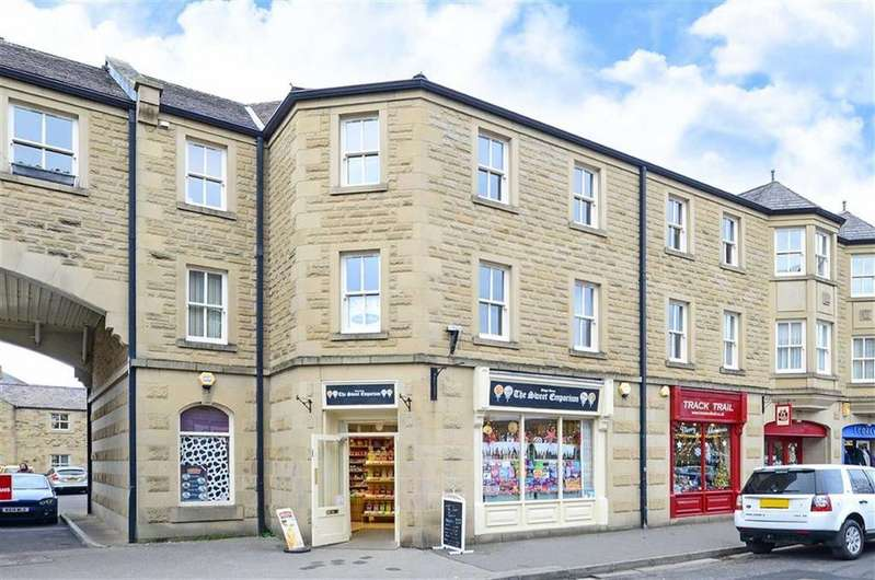 2 Bedrooms Flat for sale in 1, Orme Court, Granby Road, Bakewell, Derbyshire, DE45