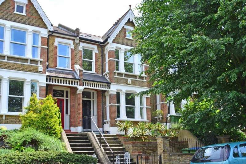 4 Bedrooms Terraced House for sale in Foyle Road, Blackheath, London, SE3