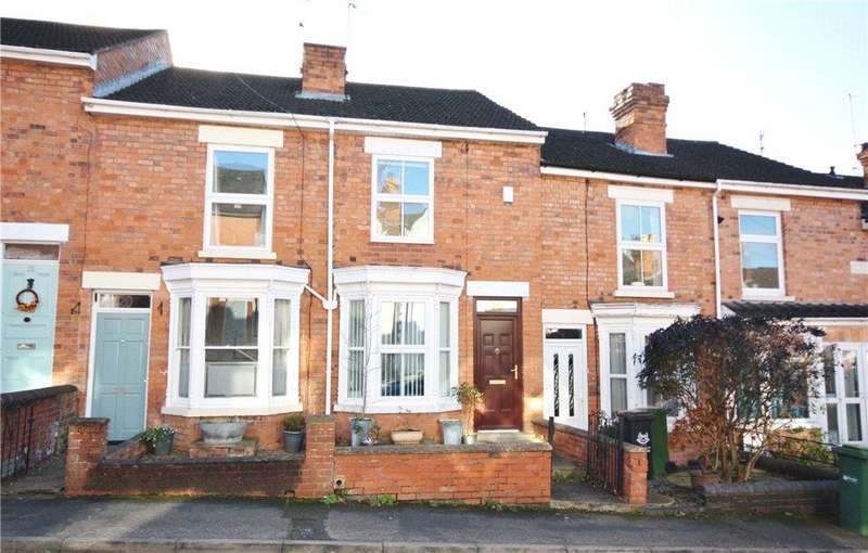 2 Bedrooms Terraced House for rent in Livingstone Street, Worcester, Worcestershire, WR5