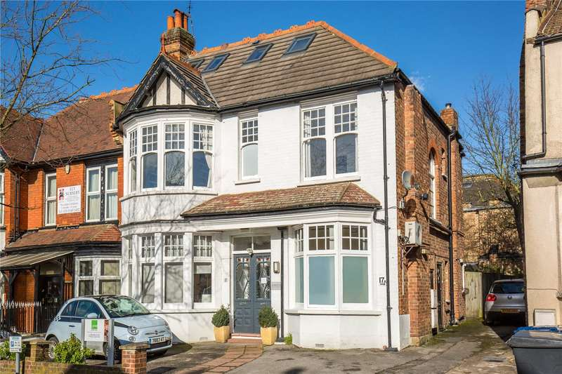 4 Bedrooms Maisonette Flat for sale in The Grove, Finchley, London, N3