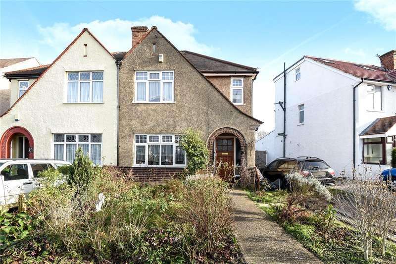 3 Bedrooms Semi Detached House for sale in Windsor Avenue, Hillingdon, Middlesex, UB10