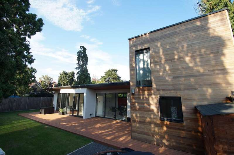 3 Bedrooms Detached House for sale in York Road, Weybridge, Surrey, KT13