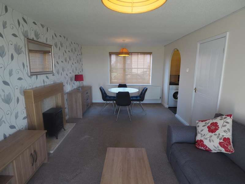 2 Bedrooms Apartment Flat for rent in Lancelot Court, Victoria Dock, Hull, HU9 1QD