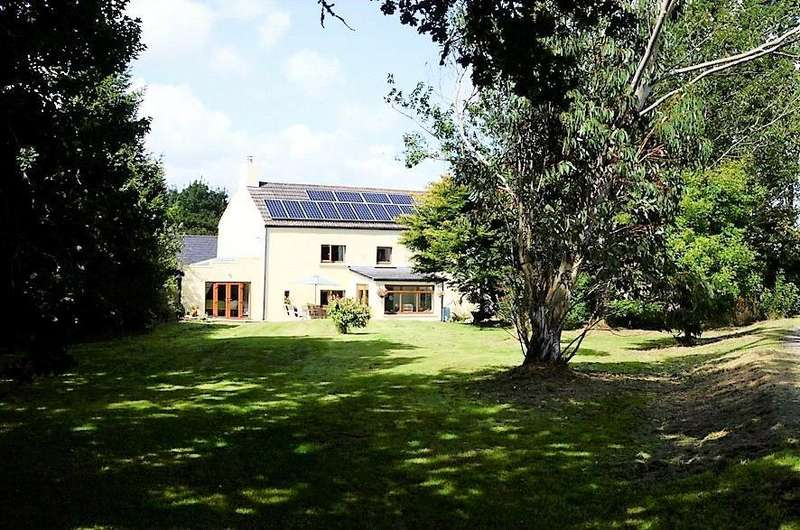 11 Bedrooms Farm Commercial for sale in Llwyngwyddel Farm, Nr Whitland, Pembrokeshire, SA34