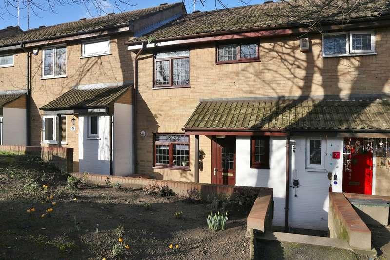 3 Bedrooms Terraced House for sale in Hornbeam Lane, Barnehurst, Kent, DA7 6HH