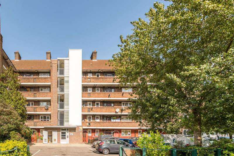2 Bedrooms Flat for sale in Dorset Road, Oval, SW8