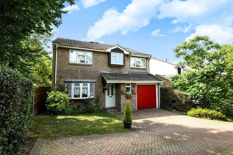 5 Bedrooms Detached House for sale in Sparrow Close, Wokingham, RG41