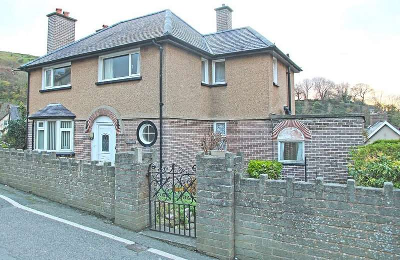 4 Bedrooms Detached House for sale in Valley Road, Llanfairfechan, North Wales