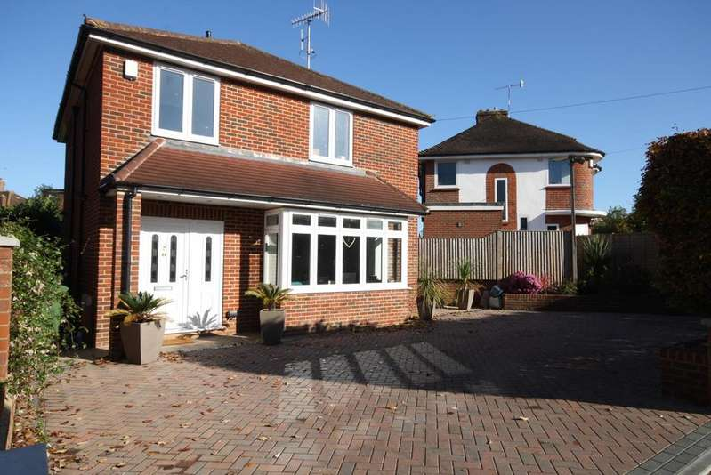 3 Bedrooms Detached House for sale in Reigate RH2