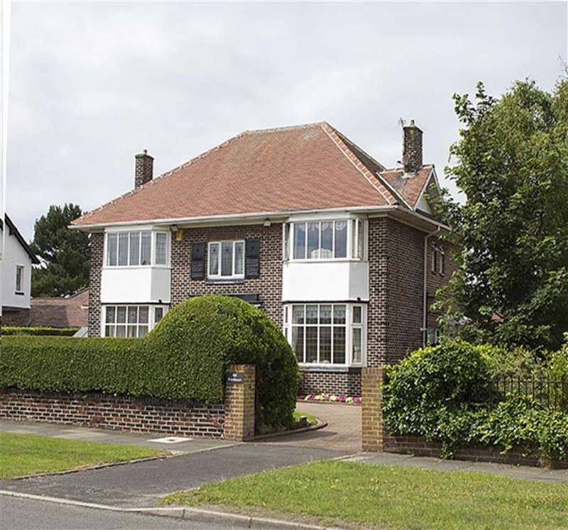 4 Bedrooms Detached House for sale in Waterloo Road, Birkdale, Southport, Southport