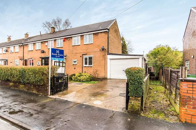 2 Bedrooms Terraced House for sale in Westmorland Drive, Stockport, SK5