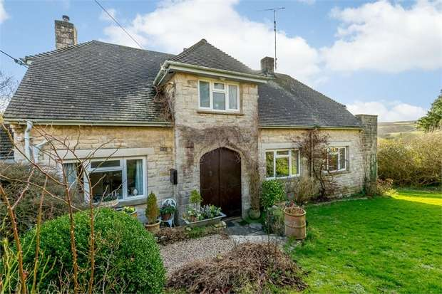4 Bedrooms Detached House for sale in South Instow, Swanage, Dorset