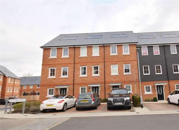 3 Bedrooms Town House for sale in 7 Yew Tree Road, Dunton Green, SEVENOAKS, Kent