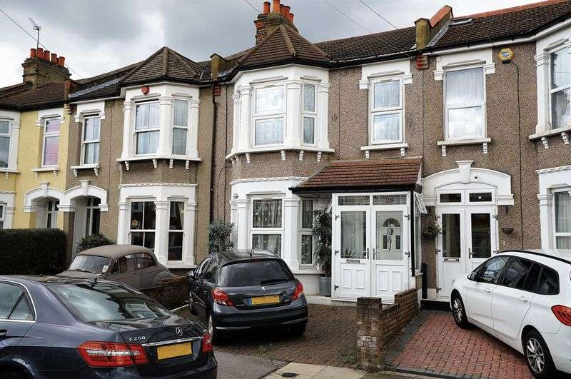 5 Bedrooms Property for sale in 5 Bedroom House in Elmstead Road, Ilford