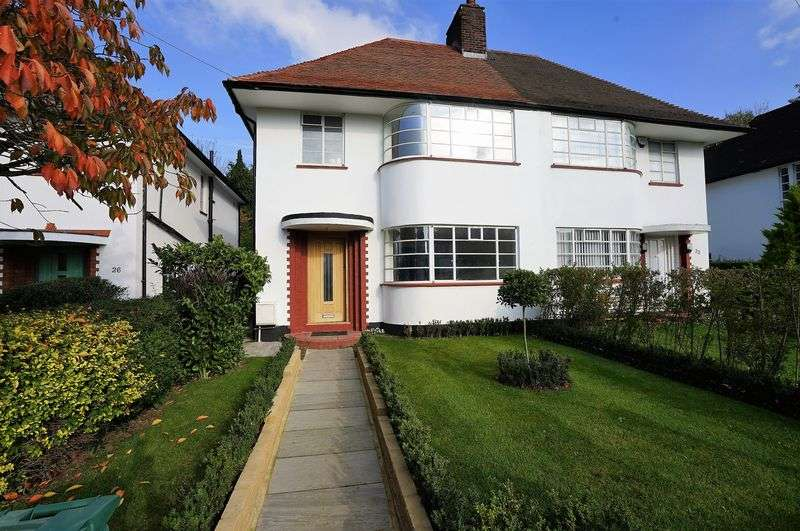 4 Bedrooms Property for sale in Howard Walk, London