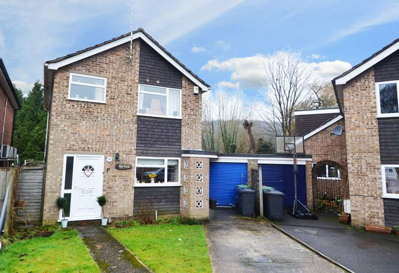 3 Bedrooms Detached House for sale in Conway Close, Loudwater, HP10