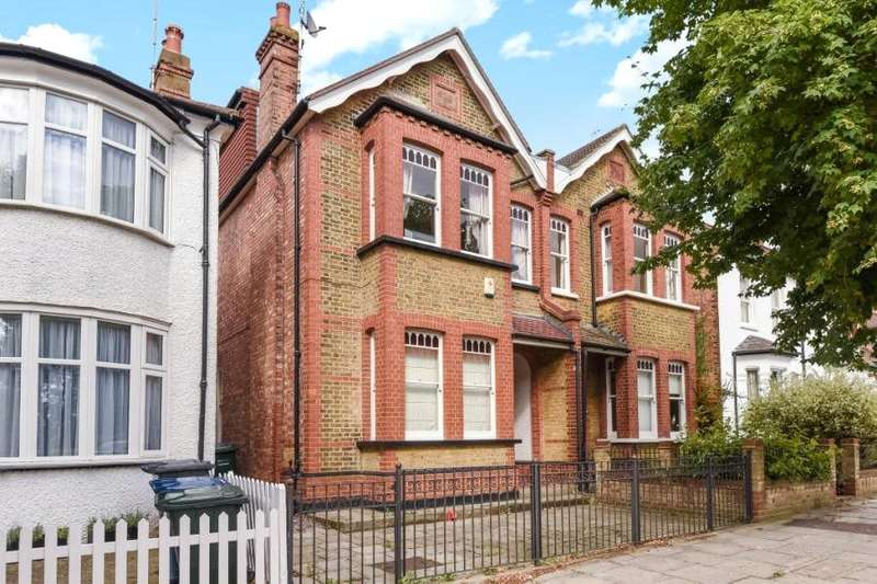 5 Bedrooms Semi Detached House for sale in Daws Lane, Mill Hill, London, NW7