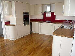 2 Bedrooms Flat for rent in Lewes Crescent, Brighton
