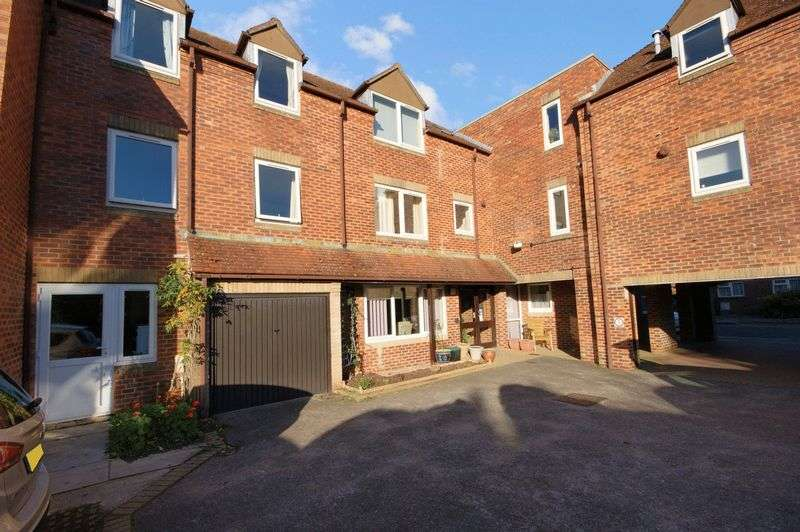 1 Bedroom Property for sale in Hillyard Court, Wareham, BH20 4QX