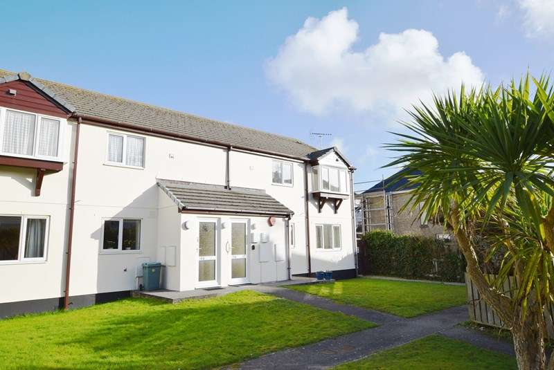 2 Bedrooms Retirement Property for sale in Miners Court, PERRANPORTH