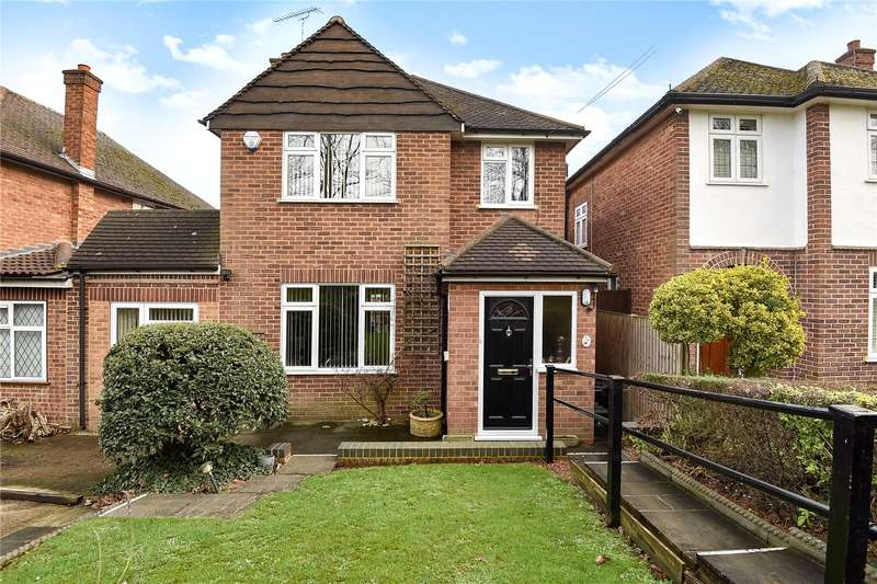 3 Bedrooms Detached House for sale in Swakeleys Road, Ickenham, Middlesex, UB10