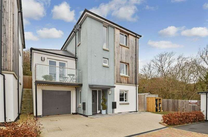 4 Bedrooms Property for sale in Gascon Close Ogwell, Newton Abbot