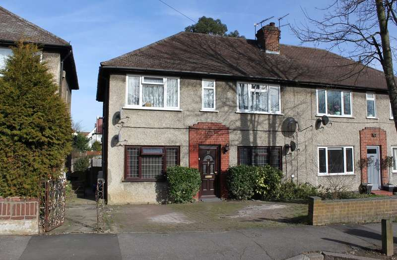 2 Bedrooms Ground Flat for sale in St. Anthonys Avenue, Woodford Green