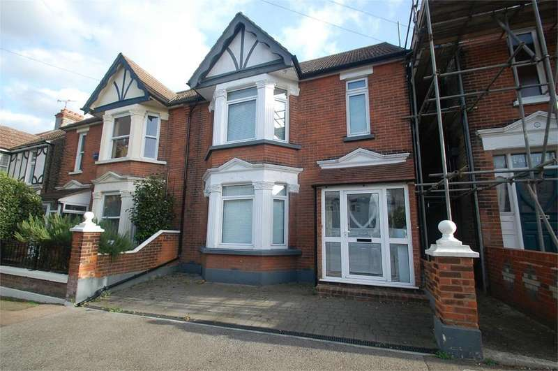 5 Bedrooms Semi Detached House for sale in First Avenue, Gillingham, ME7