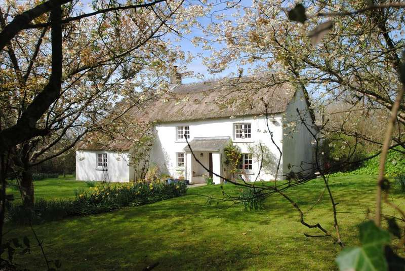 3 Bedrooms Detached House for sale in Huntshaw, Torrington