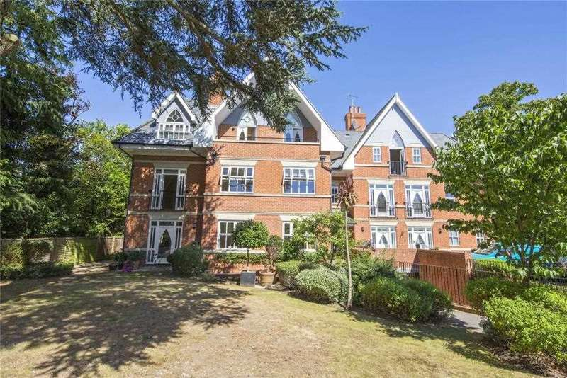 2 Bedrooms Apartment Flat for sale in Ascent House, Ellesmere Road,, Weybridge,