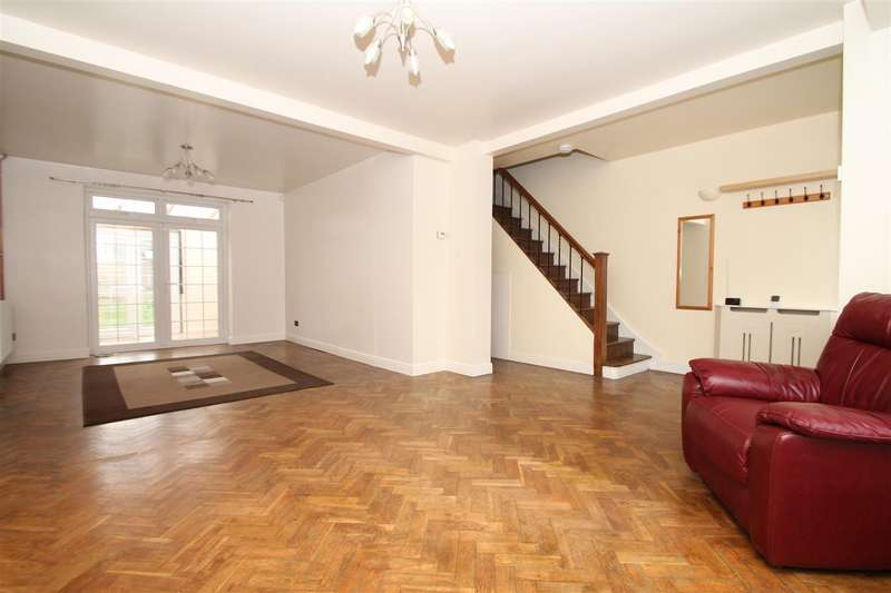 3 Bedrooms House for sale in Broomfield Avenue, London N13