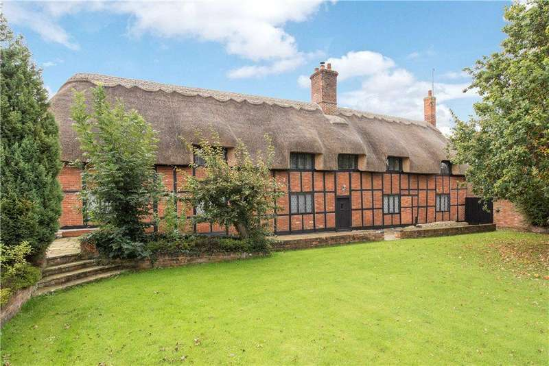 4 Bedrooms House for sale in West Street, Steeple Claydon, Buckinghamshire