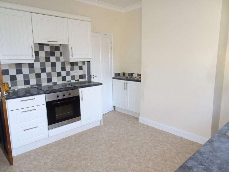 2 Bedrooms House for rent in Lord Street, Clifton, Rotherham, S65 2SY