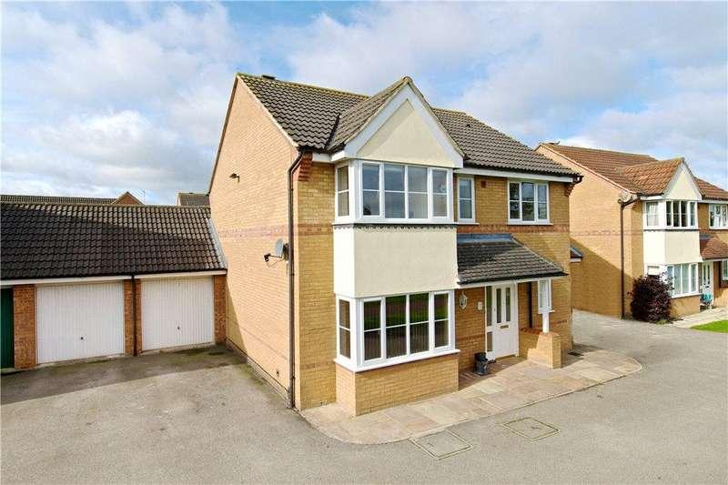 4 Bedrooms Detached House for sale in Bridlington Crescent, Monkston, Milton Keynes, Buckinghamshire