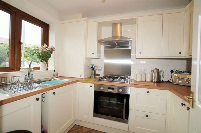 2 Bedrooms Terraced House for sale in CA1 2UE Victoria Road, of Warwick Road, Carlisle, Cumbria