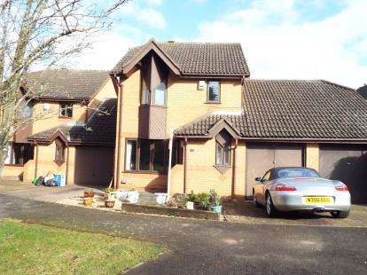 3 Bedrooms Detached House for sale in Wilmin Grove, Loughton, Milton Keynes