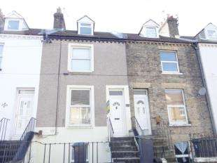 3 Bedrooms Terraced House for sale in De Burgh Street, Dover, Kent