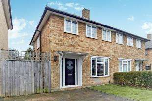 3 Bedrooms Semi Detached House for sale in Orchard Way, Beckenham, Kent, .