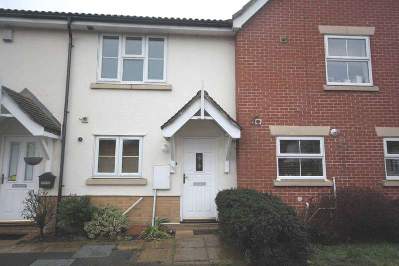 2 Bedrooms Terraced House for rent in Pollards Close, Rochford