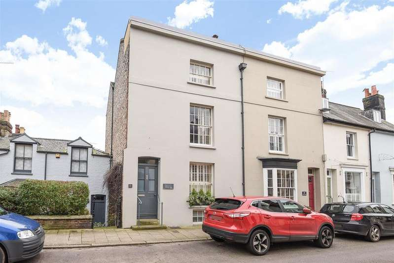 4 Bedrooms End Of Terrace House for sale in Tarrant Street, Arundel