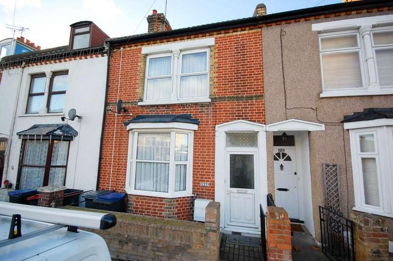 3 Bedrooms Terraced House for sale in Pier Avenue, Herne Bay