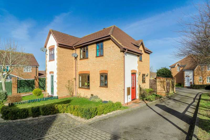 3 Bedrooms Semi Detached House for sale in Porthcawl Green, Milton Keynes