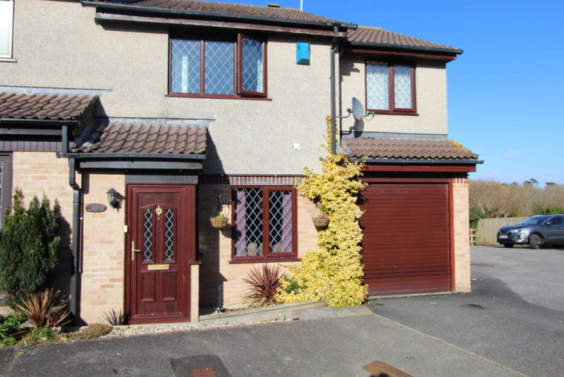 3 Bedrooms Semi Detached House for sale in Primrose Close, Torpoint