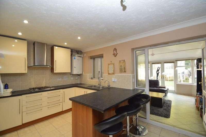 4 Bedrooms Semi Detached House for sale in Butterstile Avenue, Prestwich, Manchester M25