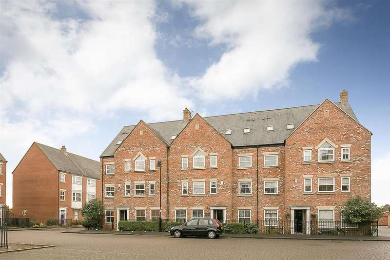 7 Bedrooms Terraced House for sale in Netherwitton Way, Great Park, Newcastle upon Tyne