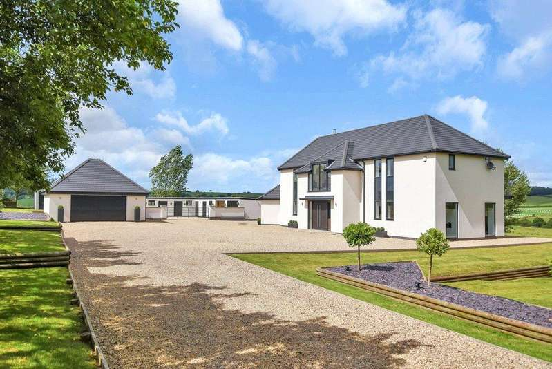 5 Bedrooms Detached House for sale in Newcastle, Staffordshire