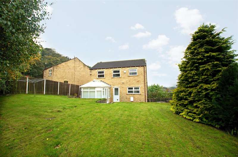 3 Bedrooms Detached House for sale in Featherbed Close, Greetland